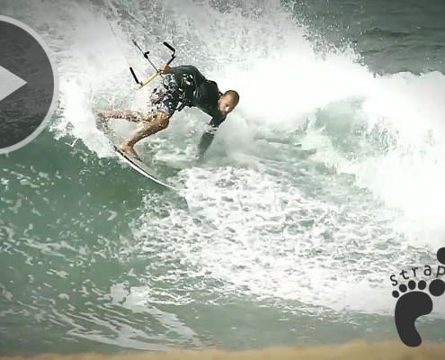 Extreme North Shore Kitesurfing - Blade Kites copie