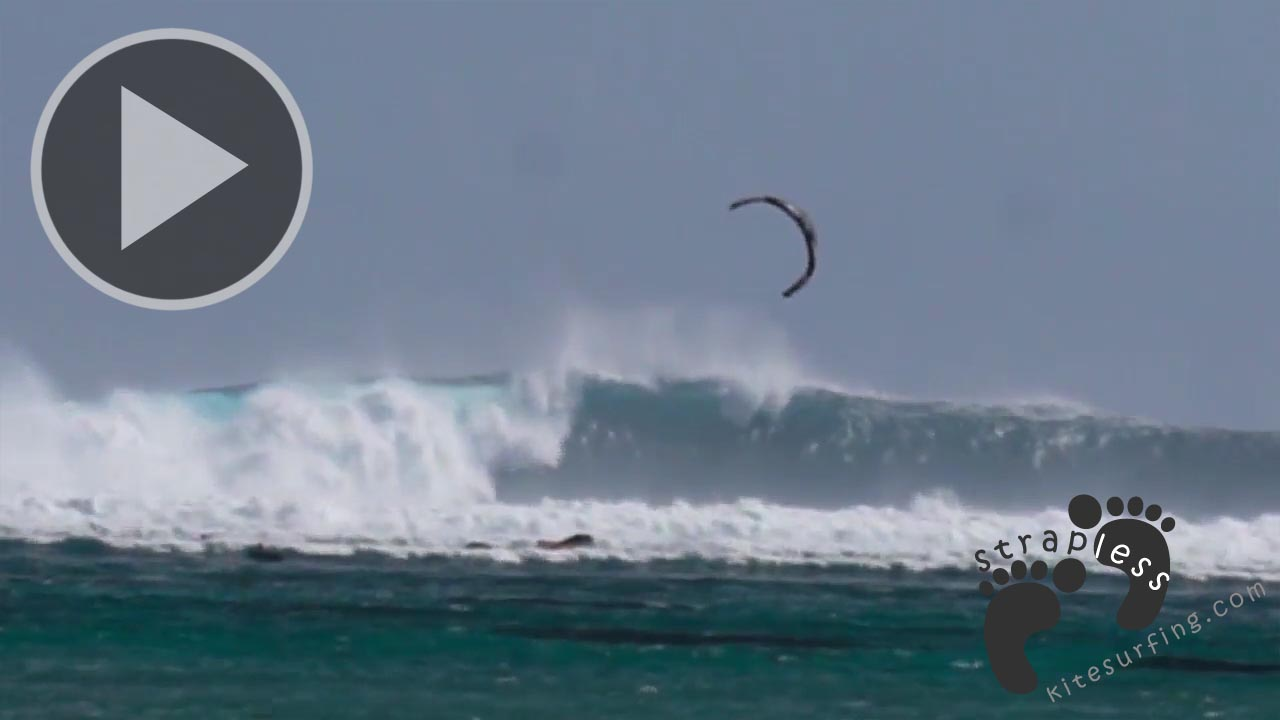 Kitesurfer Almost Drowns, Monster Waves at One Eye in Mauritius